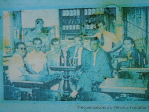 Foto do interior do Bar Miramar., captada do memorial Miramar. Autor desconhecido.